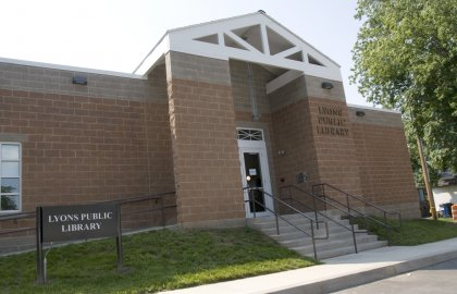Lyons Public Library